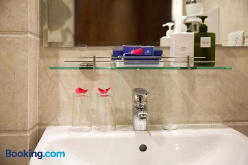 河内天际线酒店 - 河内 - 浴室