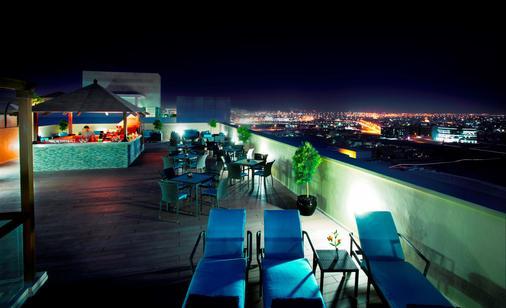 阿瑞斯广场酒店 - 迪拜 - 阳台