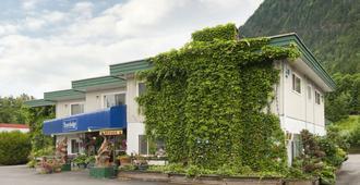 霍普旅行之家酒店 - 霍普 - 建筑
