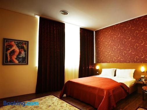 奥斯特利亚酒店 - 地拉那 - 睡房