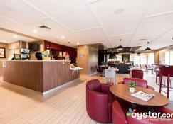 钟楼比亚丽兹酒店 - 比亚里茨 - 餐馆
