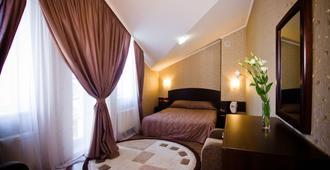 城市俱乐部酒店 - 哈尔科夫 - 睡房