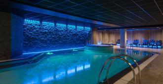 斯塔万格斯堪迪克皇家酒店 - 斯塔万格 - 游泳池