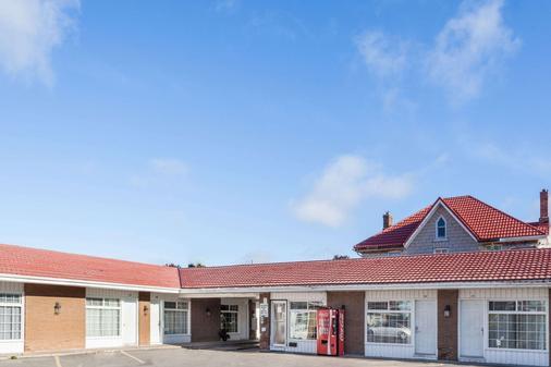 金士顿骑士旅馆 - 金斯顿 - 建筑