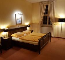 福伦泽霍夫戈蒂克酒店
