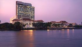 曼谷阿瓦尼河畔酒店 - 曼谷 - 露天屋顶