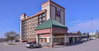 贝斯维斯特凯利酒店 - 奥马哈 - 建筑
