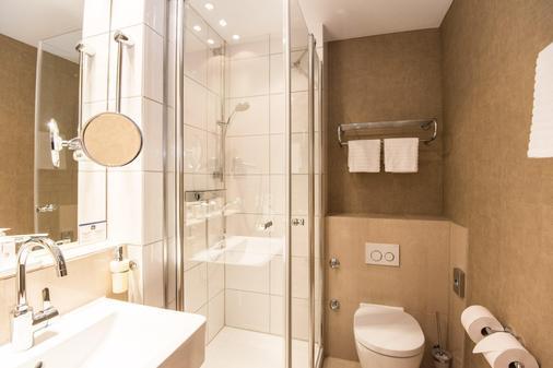 贝斯特韦斯特酒店圣·拉斐尔店 - 汉堡 - 浴室