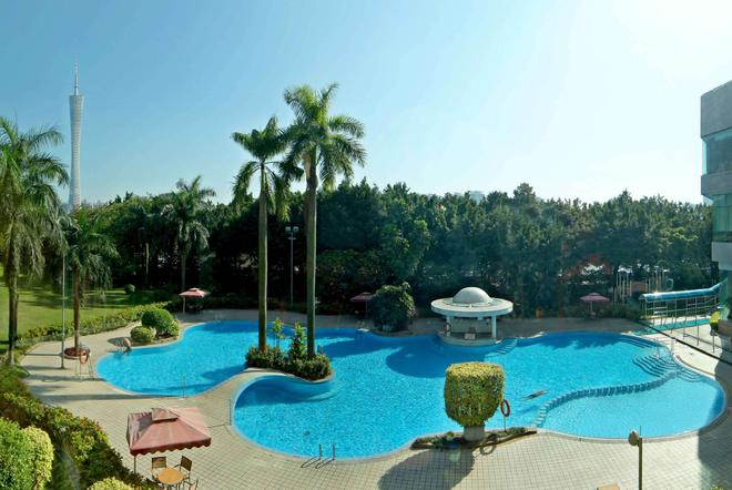 广州凯旋华美达大酒店 - 广州 - 游泳池