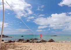 森斯马尔考拉克海滨度假酒店 - 拷叻 - 海滩