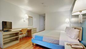 纽波特罗德岛6号汽车旅馆 - 纽波特 - 睡房