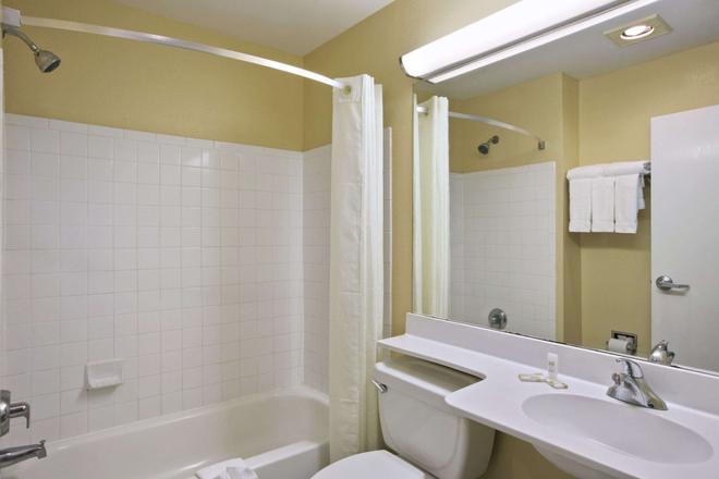 巴吞鲁日麦克罗特套房酒店 - 巴吞鲁日 - 浴室