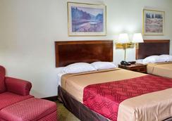 生态小屋旅馆 - 里士满 - 睡房