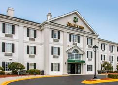 凯艺酒店-普勒萨凡纳95号州际公路 - 普勒 - 建筑