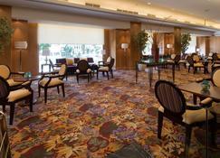 阿斯顿美娜多酒店 - 万鸦老 - 休息厅