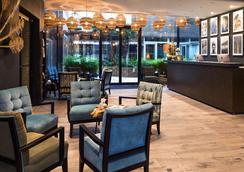 拉布雷沃雅格酒店 - BW普瑞米尔连锁 - 里尔 - 里尔 - 大厅