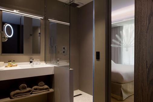 拉布雷沃雅格酒店 - BW普瑞米尔连锁 - 里尔 - 里尔 - 浴室