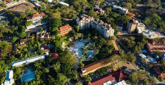 塔玛琳多迪里亚海滩度假酒店 - 塔马林多 - 建筑