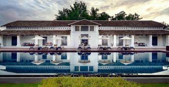琅勃拉邦德拉派克斯酒店 - 琅勃拉邦 - 建筑