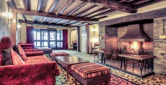 埃文河畔斯特拉特福莎士比亚美居酒店 - 斯特拉特福 - 客厅
