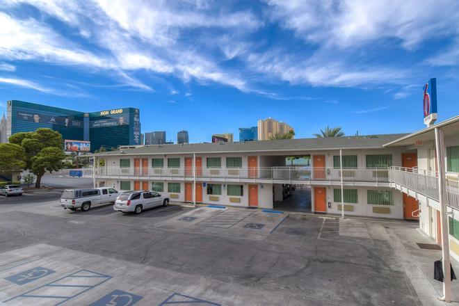 拉斯维加斯热带6号汽车旅馆 - 拉斯维加斯 - 建筑