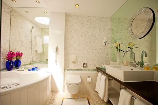 基沃托斯奢华精品酒店 - 米科諾斯岛 - 浴室