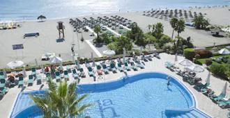 阿玛拉瓜ms酒店 - 托雷莫利诺斯 - 游泳池