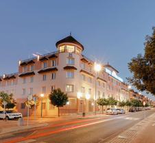 科尔多瓦霍斯波利亚酒店