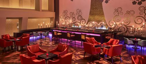 泰姬陵圣克鲁斯酒店 - 孟买 - 酒吧