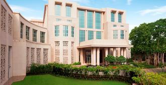 泰姬陵圣克鲁斯酒店 - 孟买 - 建筑