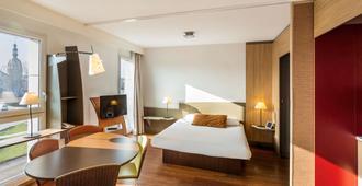 柔居公寓酒店-南特中心 - 南特 - 睡房