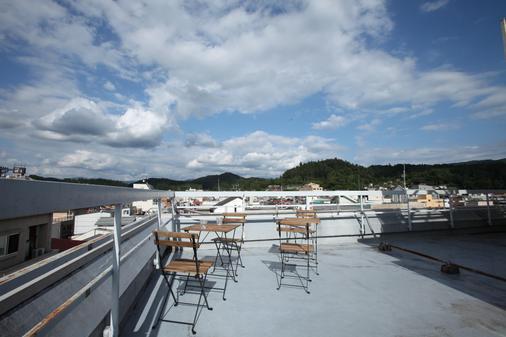 Sora-Ama青年旅馆 - 高山 - 阳台