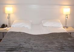 优质酒店-全景提勒 - 特隆赫姆 - 睡房