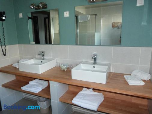 昂帕酒店 - 勒杜克 - 浴室