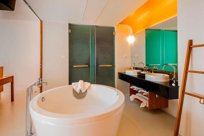 G华欣度假酒店及购物中心 - 华欣 - 浴室