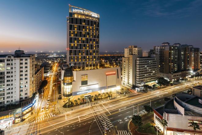 乐天城市酒店济州 - 济州 - 建筑