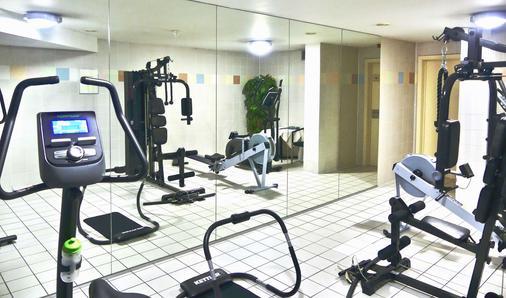 德美第奇金色郁金香酒店 - 布鲁日 - 健身房