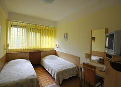 斯波特酒店 - 德布勒森 - 睡房