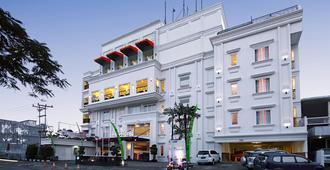 Hw巴东酒店 - 巴东