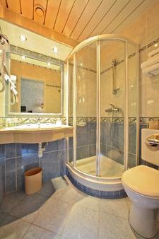 布斯珠贝斯特韦斯特酒店 - 卢尔德 - 浴室