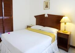 Kam Hotel - 马列 - 睡房