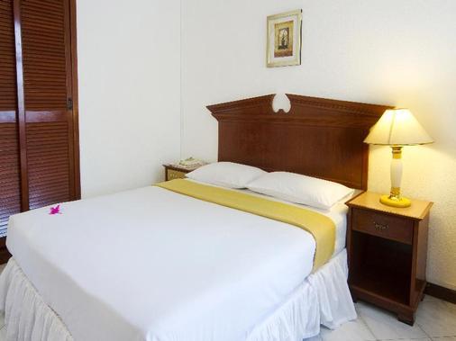 开姆酒店 - 马列 - 睡房