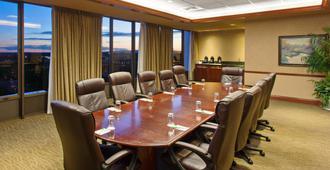 萨克拉门托市中心区假日酒店 - 萨克拉门托 - 会议室