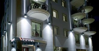 维多利亚酒店 - 佩斯卡拉