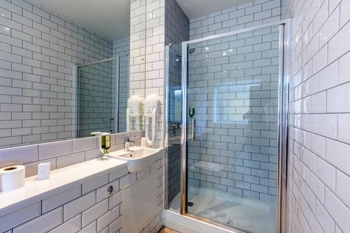 皇后欧罗酒店 - 伦敦 - 浴室