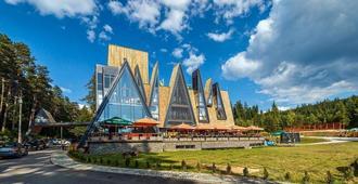 皮诺自然酒店 - 萨拉热窝 - 建筑