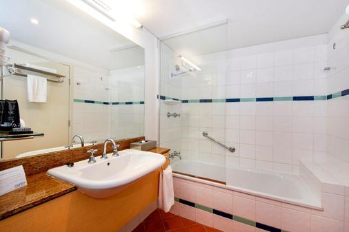 曼特拉滨海酒店 - 达尔文 - 浴室
