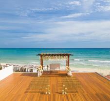 卡门海滩希尔顿度假村 - 仅供成人入住 - 式 - 全新翻修