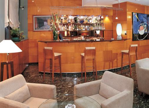 巴塞罗那昂特扎nh酒店 - 巴塞罗那 - 酒吧