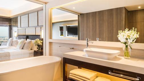 新加坡泛太平洋酒店 - 新加坡 - 浴室